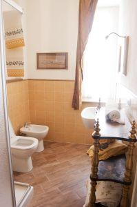 bagno-giallo_le_macine